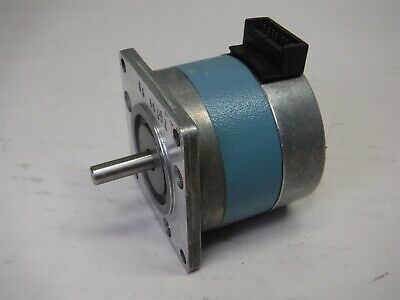 Used Warner Electric Slo-syn Motor M061-cs08 1.25vdc 3.8a Stepping Motor K8