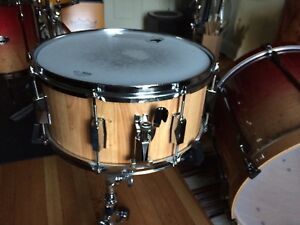Solid wood Snare Drum