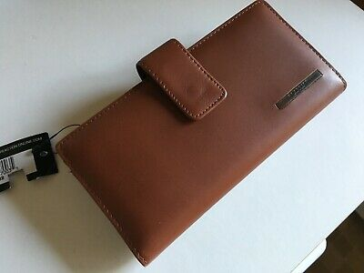 KENNETH COLE Reaction Brown Leather Zip Round Purse - NEW