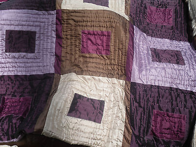 41) MODERN HAND STITCHED BED SPREAD