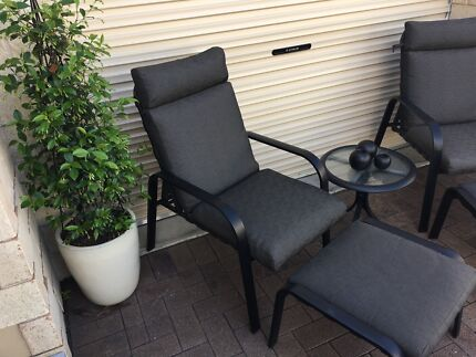 Outdoor Reclining Lounges