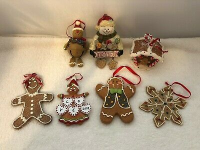 Lot Christmas Tree Ornaments Gingerbread Man Woman House Cookies Snowman ()