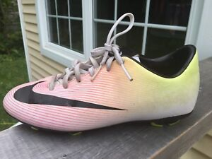 Nike Mercurial cleats - Youth Size 3