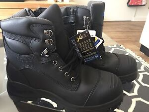 Blundstone 997 safety boots Size AU10 Cooks Hill Newcastle Area Preview