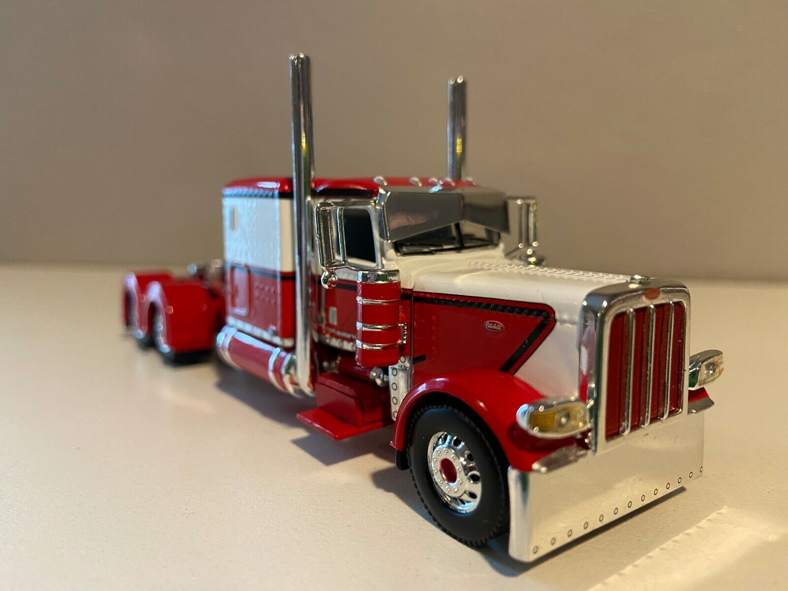 "DCP RED 7 WHITE PETERBILT 389 60"" FLAT TOP BUNK 300"" FRAME (5 5/8"" long)"