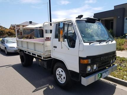 Toyota dyna 1985