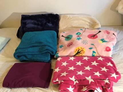 Blankets x5 and Fleece Throw x 1