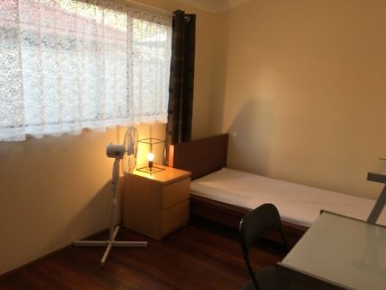 Fully furnished house has 1 room near Curtin Uni