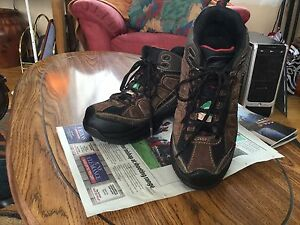 Men's Safety work boots Size 8
