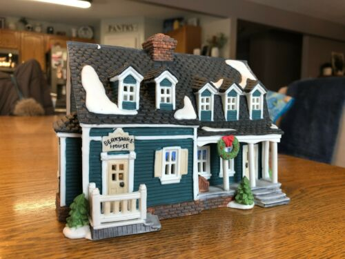 Department 56 Heritage Village Collection New England Village - Berkshire House