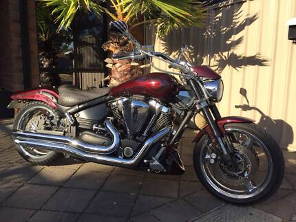 2004 Yamaha Cruiser XV1700 Road Warrior
