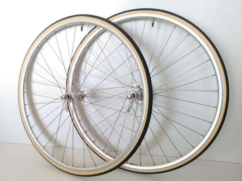 Vintage 700C Campagnolo C Record  wheelset