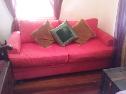 Fold out bed Lounge set with York barrel chair | Sofas | Gumtree ...