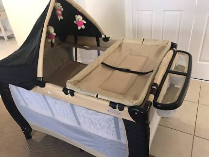 Fig & Fennel Portable cot - New condition