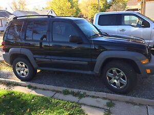 2006 Jeep Liberty- Clean no accidents