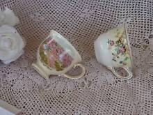 VINTAGE ROYAL WINTON GRIMWADES 2 ORPHAN REPLACEMENT CUPS ONLY VG Loganholme Logan Area Preview
