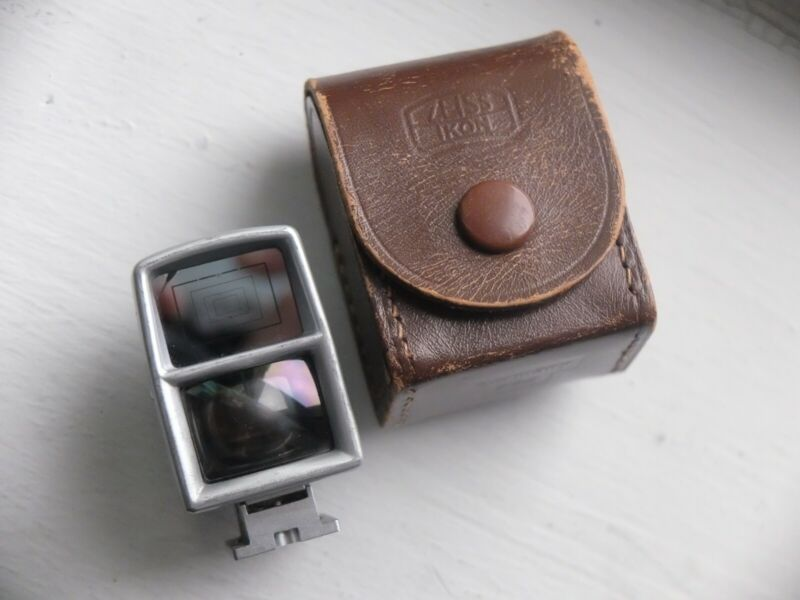 Zeiss ikon 35-135mm Universal Viewfinder w/ Case, Excellent, Clear and Bright