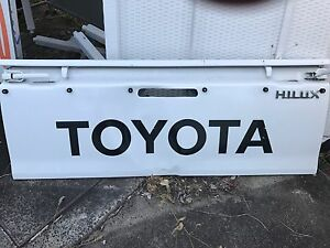Toyota Hilux Tailgate Portsmith Cairns City Preview