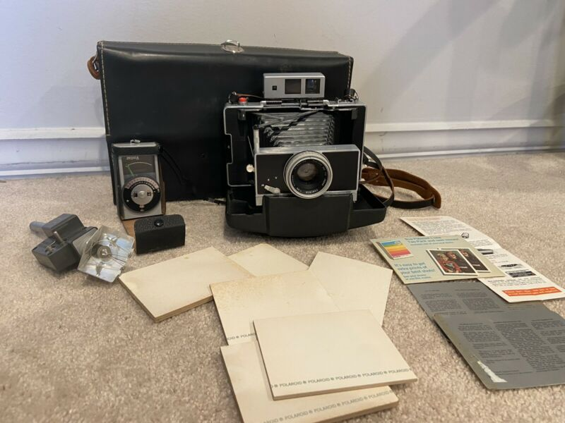 Polaroid Land Camera Model 180 w/Tominon 114mm f4.5 Lens
