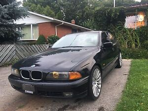 2000 BMW 540i 6 Speed manual. $2200