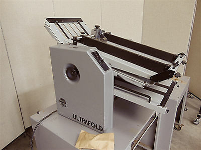 Baumfolder Ultrafold Table Top Model 714d-2-f-1-powers Up Conveyor Moves-sr251