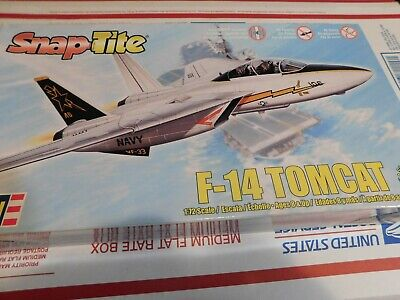 REVELL / SNAP-TITE F-14 (F-14 Tomcat Snap)