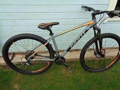 Giant Talon 3 29er bike