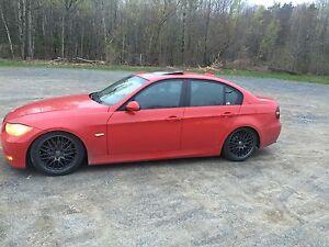 BMW 325i 2006 (e90) vs BMW X3