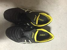 Asics metal cletes/ football shoes size: 9.5 Stirling Stirling Area Preview
