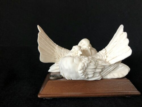 DEAR Dove Love Birds Sculpture Figurine Handcrafted Doves Made in Italy