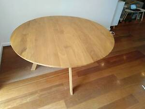 Oak Dinner Table in new condition Woollahra Eastern Suburbs Preview