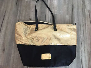 Nine West beach bag black and gold sequins North Lakes Pine Rivers Area Preview