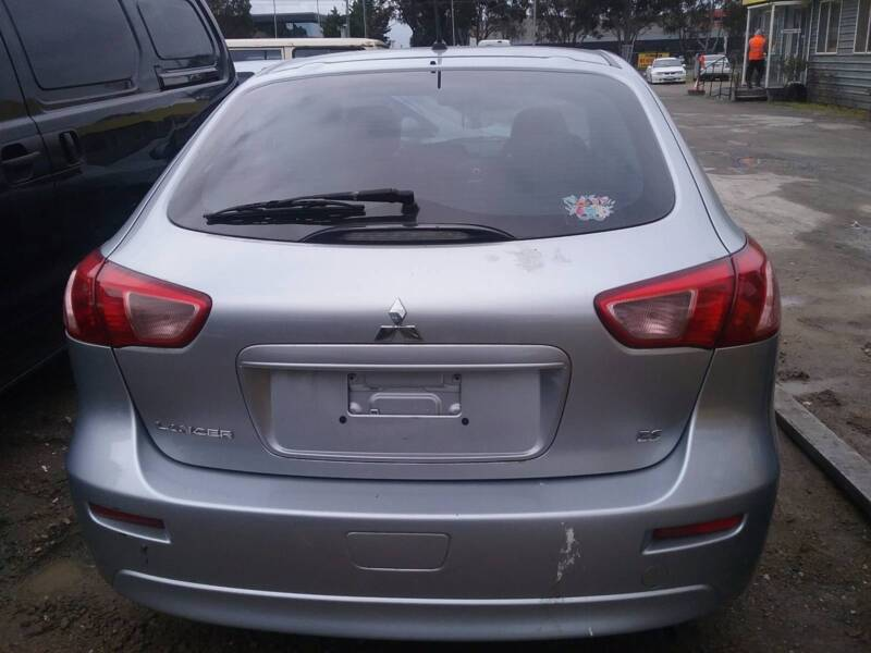 2011 Mitsubishi Lancer ES HATCH BACK FOR WRECKING CAL NOW FOR PAR ...