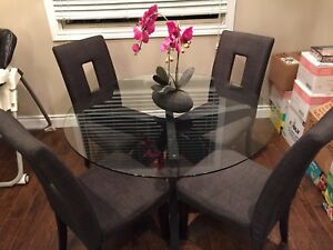 Glass Round Dinning Table with 4 Chairs