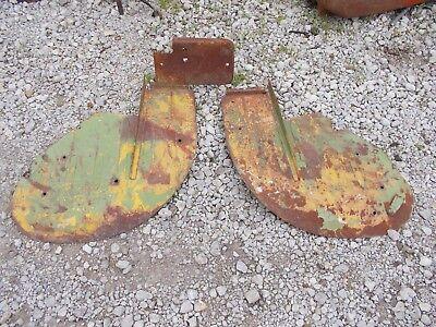 John Deere Tractor Original Jd Pair Set Of Small Fenders Fender W Floor Plate