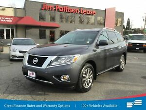 2014 Nissan Pathfinder SV w/ Back up camera, heated seats and mo