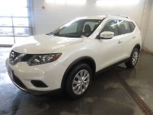 2015 Nissan Rogue S, AWD S- BACKUP CAM! BLUETOOTH! LOW KM!