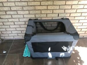 "Pet dog crate 28"" x 20"" x 20"""