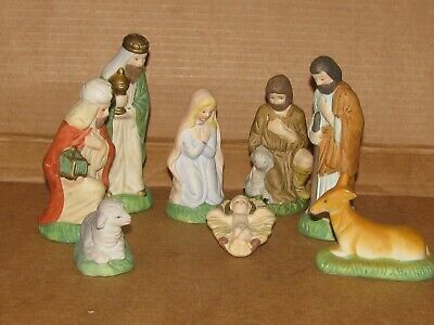 Vintage Sears Nativity Set Wood Stable 8 Figures Hand-painted Porcelain