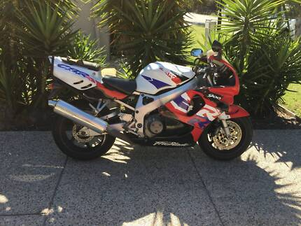 HONDA CBR 900RR FIreblade (919cc) Brisbane City Brisbane North West Preview