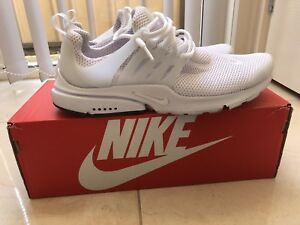 NIKE AIR PRESTO TRIPLE WHITE US10
