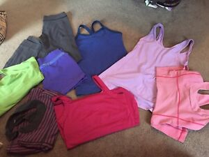 Size 6 ladies Lululemon clearout