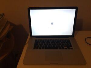 Macbook pro i5 Mid 2010 8gb ram 1000g hard drive QUICK SELL
