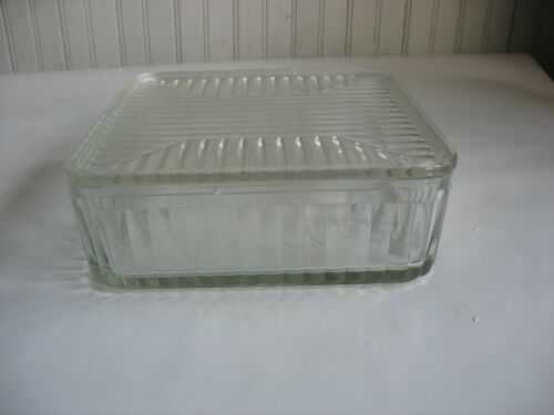"Vintage Glass Refrigerator Dish W/ Lid 8 1/4"" by 3"" SQUARE Kitchen ware"