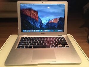 MacBook Air (13 inch)