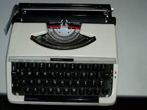 Brother 215 manual type writer