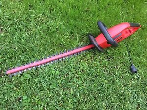 Taille haie - Hedge trimmer KING CANADA 24 po