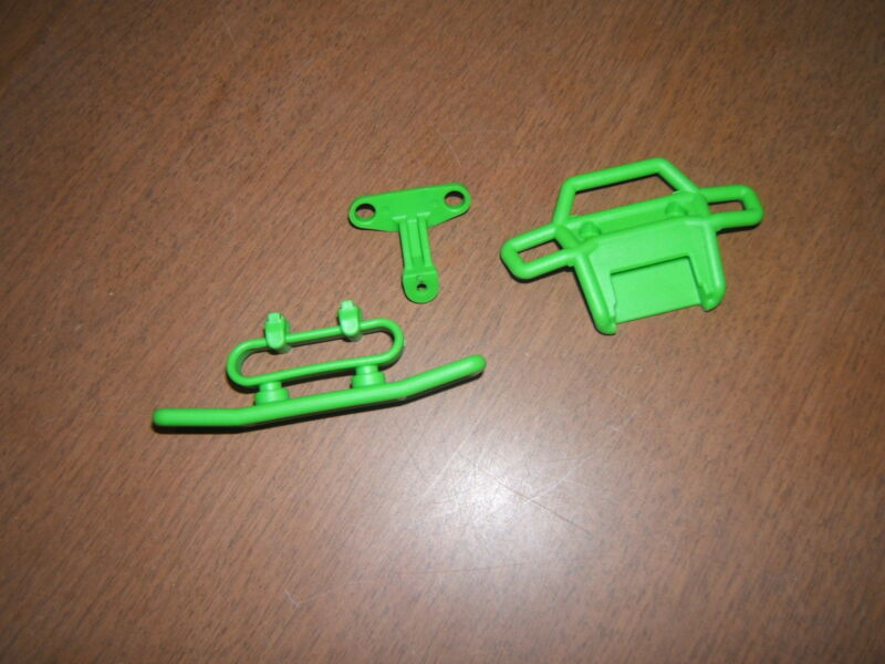 TRAXXAS 1/16 SCALE GRAVE DIGGER GREEN FRONT AND REAR BUMPERS SET