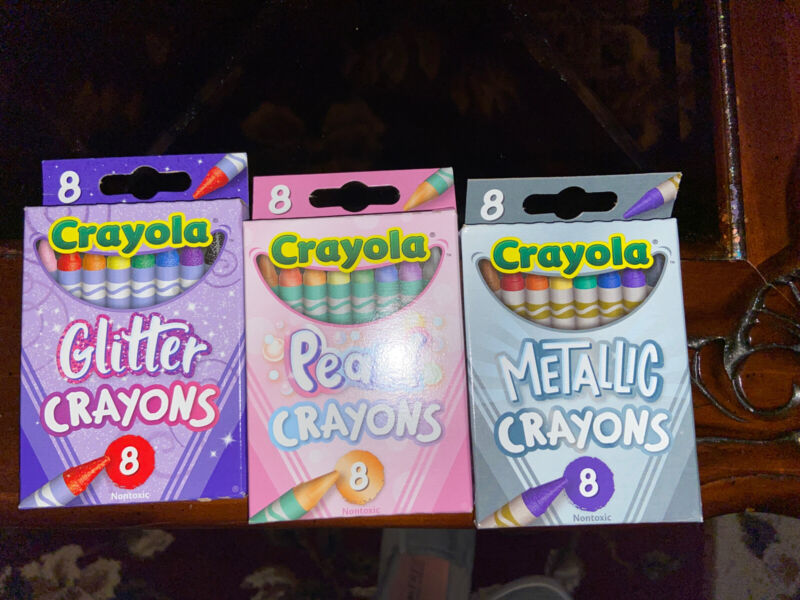 3 New Packs Crayola Crayons Glitter Pearl & Metallic. 8 Pack. New Condition.