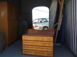 4 drawer dressing table matches the large wardrobe Aldinga Beach Morphett Vale Area Preview